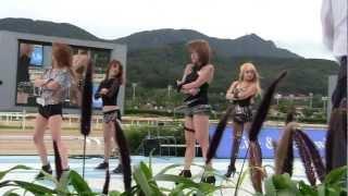 getlinkyoutube.com-20120916 대한민국 최고 의 여성 댄스팀 MAX !! 서울 경마공원