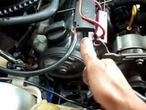 Troca dos retentores dos comandos de válvulas auxiliar e virabrequim do motor AP.wmv
