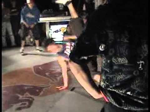 Bboy Pera, Danger @Chyper Eliminatorio Red Bull Face To Face 2008
