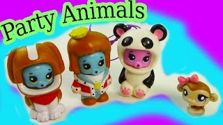 getlinkyoutube.com-Party Animals Fun Bears Costumes Unboxing Toy Review Littlest Pet Shop Opening