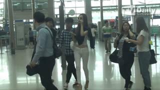 getlinkyoutube.com-Lee Da Hae at Incheon Airport [29.6.2014]