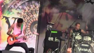 getlinkyoutube.com-Veil of Maya - Lucy / Mikasa @ Heavy Montreal 201