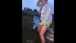 getlinkyoutube.com-Peeing Beer