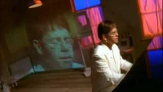 getlinkyoutube.com-Elton John - Can You Feel The Love Tonight (High Quality)