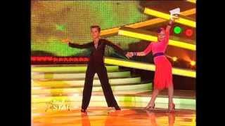 getlinkyoutube.com-Gratie si atitudine: Dragos si Maria au daramat barierele dansului
