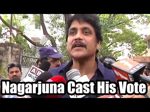 Nagarjuna and Amala Cast their Votes - 2014 Elections