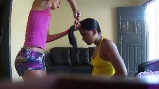 getlinkyoutube.com-como corta o cabelo em casa (vc tem coragem?)