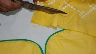 getlinkyoutube.com-Kameez sleeves cutting and stitching in hindi