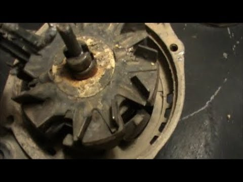 Кольца генератора автомобиля.Провода оторваны.Ремонтируем.