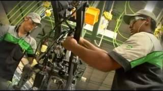 getlinkyoutube.com-Kawasaki Motores do Brasil, Manaus Factory [Promotion Video]