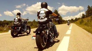 getlinkyoutube.com-Softail Slim - Fat Boy Special - Street Bob x 2 - Sportster 1200 - (Juillet / Sud de la France)