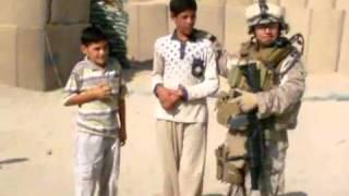 getlinkyoutube.com-إعطاء كرات القدم لأطفال العراق