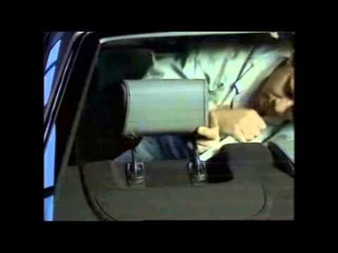 Как снять передние и задние подголовники на Mercedes-Benz W210