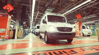 getlinkyoutube.com-Mercedes-Benz Sprinter Production