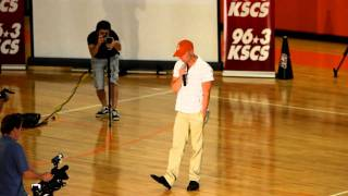 getlinkyoutube.com-Kenny Chesney Suprises Celina High School 9/25/2010