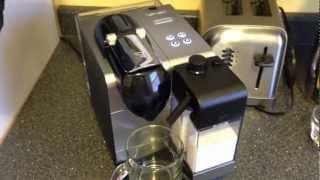 getlinkyoutube.com-DeLonghi Nespresso Lattissima plus latte / cappuccino maker overview