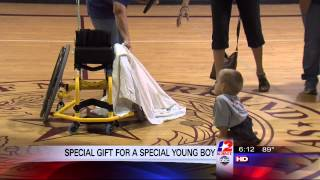 getlinkyoutube.com-Shoot for the Stars - Special gift allows wheelchair bound child to play