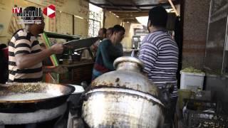 getlinkyoutube.com-تعرف على «الشاويش» أقدم مطعم فول وطعمية في «أسوان»