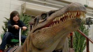 Riding dinosuars at Jurassic Quest!