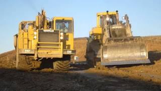 getlinkyoutube.com-Yes, We Load Downhill - Cat D11R Loading 651E Scrapers
