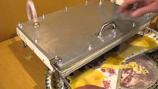 getlinkyoutube.com-beeswax foundation mold machine- beeswax mold beekeeping tool- beeswax honeycomb mold machine