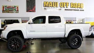 "getlinkyoutube.com-Tacoma: 6"" Fabtech, 33x12.5R20 Toyo MT's, Fuel Maverick Wheels"