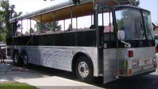 getlinkyoutube.com-Kendin Yap, Eski bir otobüsü lüks bir karavan a çevirme projesi