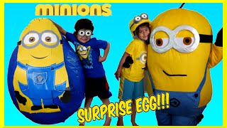 getlinkyoutube.com-GIANT EGG SURPRISE MINION Super Mega Giant Surprise Egg Minions Movie WORLDS BIGGEST SURPRISE EGG