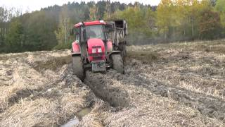 getlinkyoutube.com-TRAKTORY V BAHNĚ  / TRACTORS IN MUD
