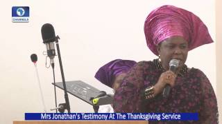 Mrs Jonathan Gives Testimony At A Thanksgiving Service