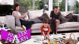 getlinkyoutube.com-Heb das auf! - Knallerfrauen mit Martina Hill   Die 3. Staffel in SAT.1