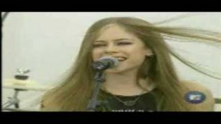 getlinkyoutube.com-avril lavigne first time in tv complicated