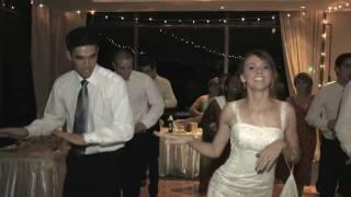 getlinkyoutube.com-American bride & groom dancing to Bollywood song at their wedding [HD]