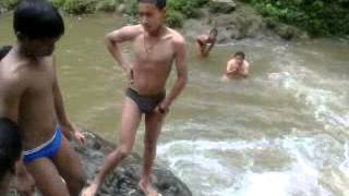 getlinkyoutube.com-boys swimming
