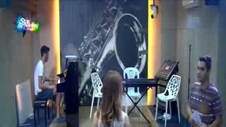 getlinkyoutube.com-سهيلة تتدرب على اغنية بزمتك بحضور مروان