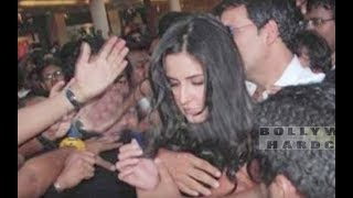 getlinkyoutube.com-Bollywood Actress MOLESTED in Public | Deepika Padukone, Katrina Kaif, Kareena Kapoor