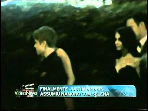 Justin Bieber Arriving at Vanity Fair Party with Selena Gomez VideoNews