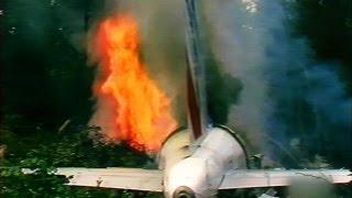 getlinkyoutube.com-A Flyover Ends in Flames
