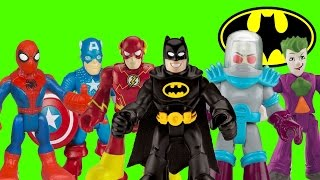 getlinkyoutube.com-Batman Captain America Spider-Man and Iron Man vs Mr Freeze and Joker imaginext toys spiderman