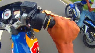 getlinkyoutube.com-Redbull Suzuki Raider FU 150 Belang VS Yamaha Sniper  LC Drag Race HD Quality