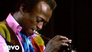 getlinkyoutube.com-Miles Davis - Bitches Brew Clip 1