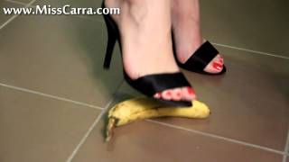 getlinkyoutube.com-Miss Carra banana teasing and crush with high heel sandals (preview)