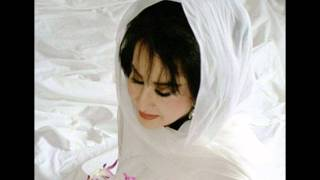 getlinkyoutube.com-Homeira - Ye Divooneh Ye Rosva