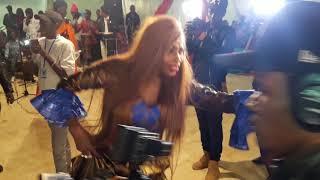 (Vidéo) Sidy Diop chante Ndeye Gueye devant son mari et crée l'euphorie totale
