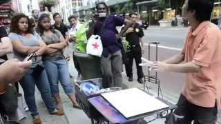 getlinkyoutube.com-Incredible Spray Paint Art in New York