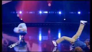 getlinkyoutube.com-SHQIPTARI FLUTURUES MAHNIT GJERMANET AIRDIT NE KONKURSIN E BREAK DANCE LAJM