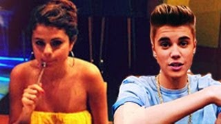 getlinkyoutube.com-Justin Bieber and Selena Gomez Cute Moments -- Will Make You Cry
