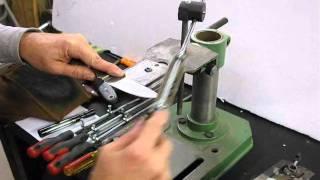 getlinkyoutube.com-How to Sharpen a knife by hand