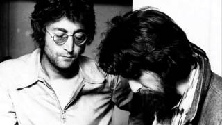 getlinkyoutube.com-John Lennon Telephones George Harrison 1980