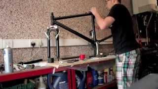getlinkyoutube.com-Vinyl Wrapping Mountain Bike